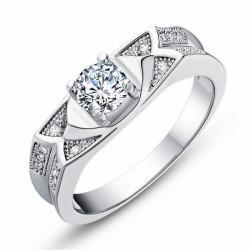 Anillos con diamantes de joyería Europea