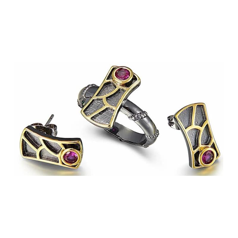 Pendientes y anillo goticos