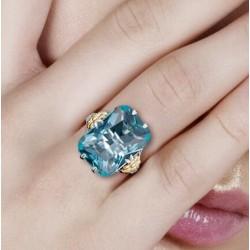 anillos con piedra de color azul