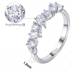 anillos boda con varios brillantes