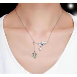 Collar de plata de ley 925 con ave