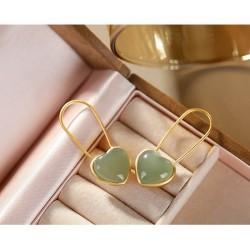 Pendientes forma corazón plata fina  jade natural