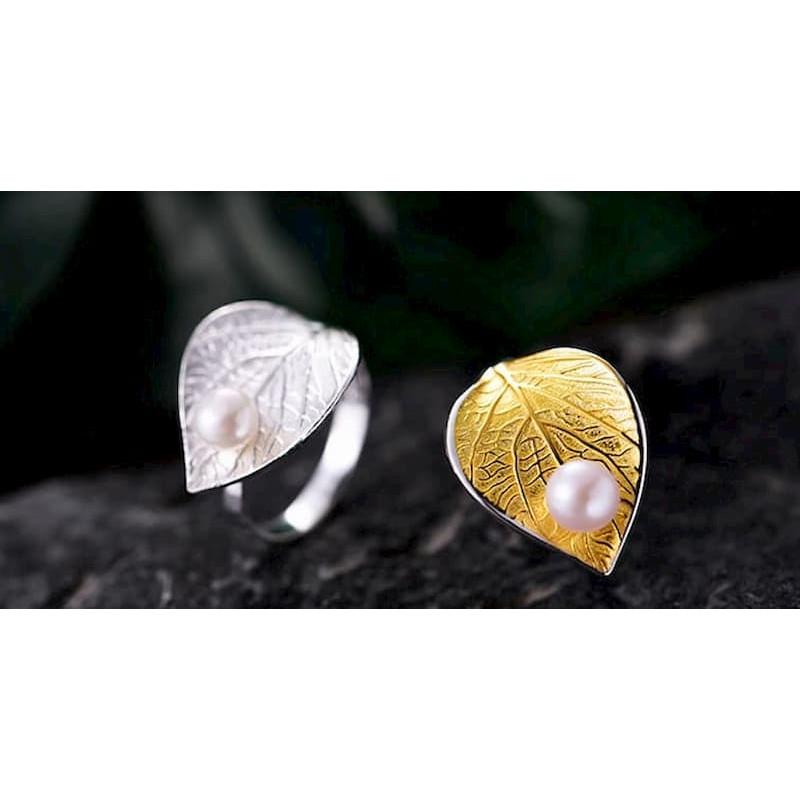 Anillo de plata fina con perla cultivada en río